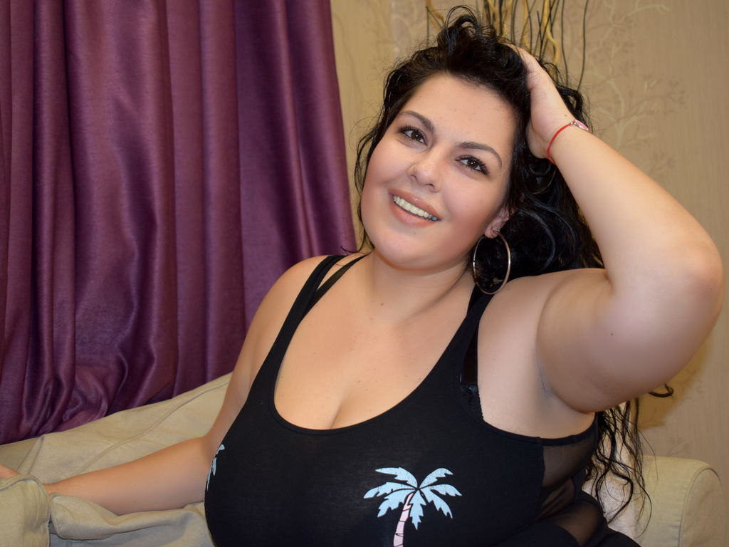 GiselleBBW PICTURE
