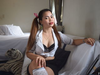 Watch HottieSiren4u Live On Cam